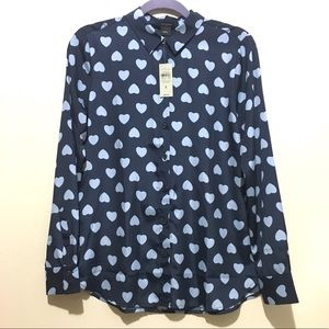 Ann Taylor Light Blue Hearts Button Down in Navy